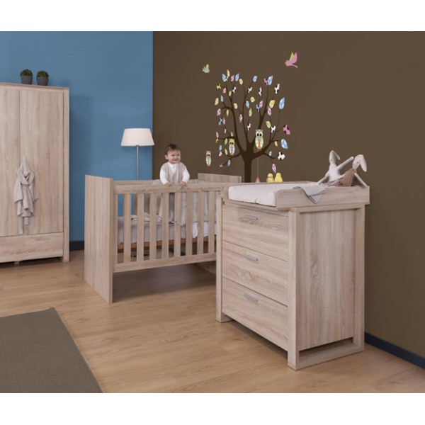 armoire chambre bebe. Black Bedroom Furniture Sets. Home Design Ideas